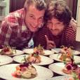 """Norbert et Jean, réunis au restaurant """"L'Acajou""""."""