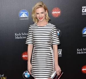January Jones, sexy dans une robe Topshop au Gala Paramount, le 20 mars 2014.