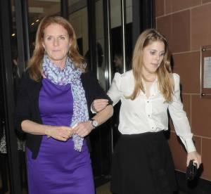 Sarah Ferguson et Beatrice d'York : duo mère/fille looké en virée londonienne