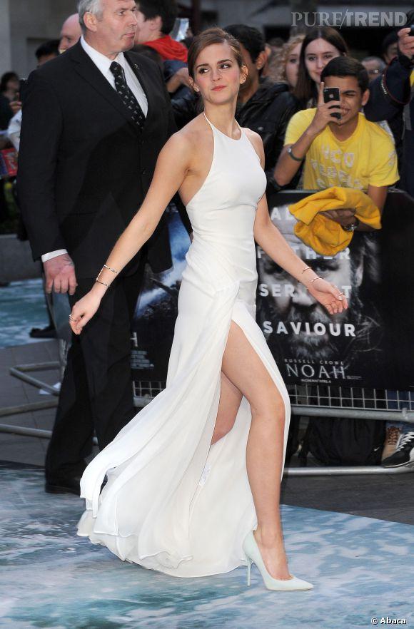 """Emma Watson, son incroyable fendu en Ralph Lauren pour la première de """"Noé""""."""