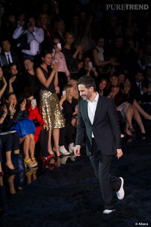 Le dernier défilé de Marc Jacobs en tant que Directeur Artistique pour Louis Vuitton. Il présentait la collection du Printemps-Été 2014 de la maison française.