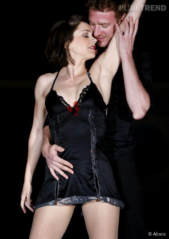 Nathalie Pechalat et son équipier Fabian Bourzat revisitent Dirty Dancing à la patinoire d'Anglet.