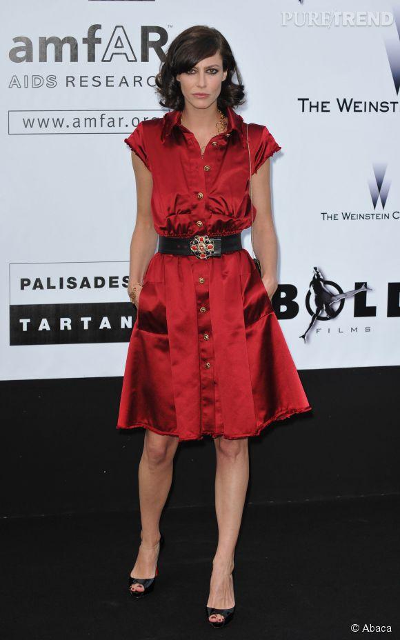 Anna Mouglalis et sa robe rouge passion pour le 62ème Festival de Cannes.