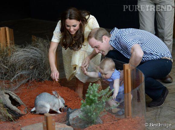 Kate Middleton et le prince William ont ensuite fait découvrir le zoo de Taronga (Sydney) à leur fils George le 20 avril 2014, dimanche de Pâques.
