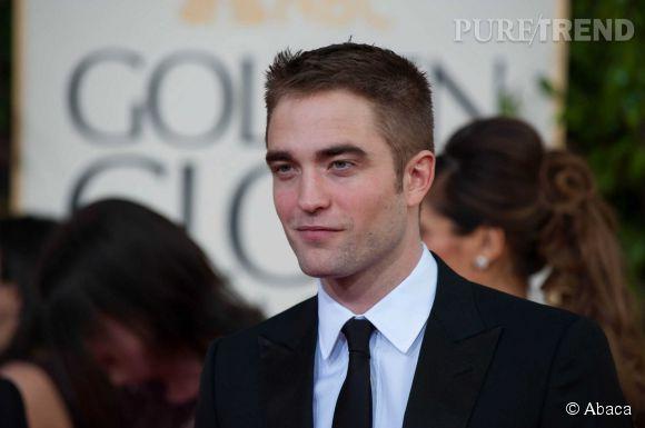 Robert Pattinson, toujours un coeur à prendre.