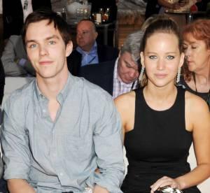 Jennifer Lawrence : alerte bague de fiançailles ?