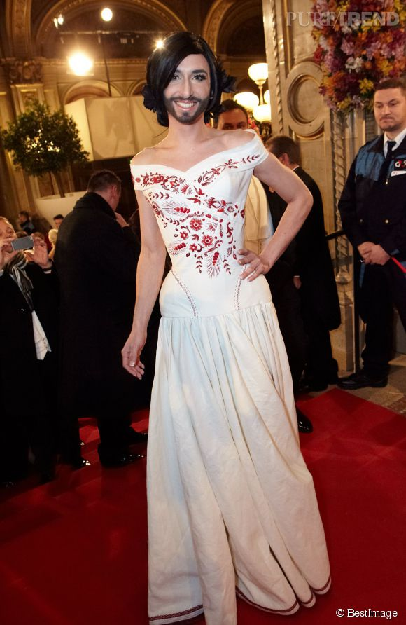 Conchita Wurst s'apelle Thomas, sur scène il est une diva barbue.