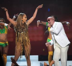 Le clip We are one, hymne officiel de la coupe du monde de football 2014, vient d'être dévoilé part Jennifer Lopez et Pitbull.