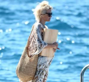 Pamela Anderson, pause bikini et paréo à Cannes