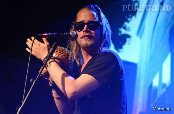 Macaulay Culkin, son groupe Pizza Underground fait un bide lors d'un Festival à Nottingham, le 25 mai 2014.