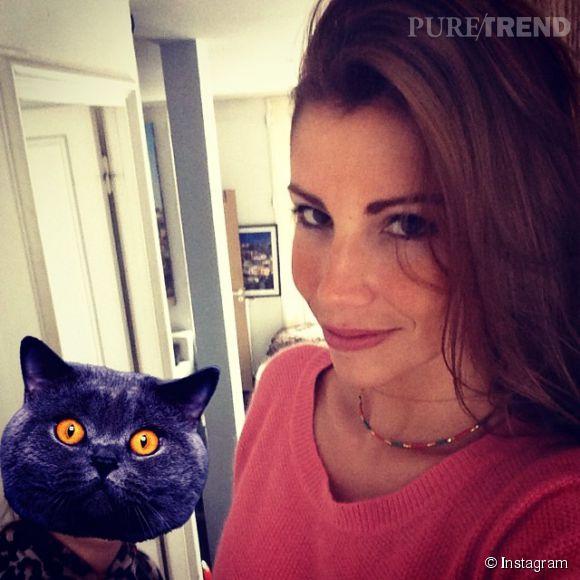 Alexandra Rosenfeld est devenue brune... C'est le seul changement depuis l'époque où elle était Miss France, en 2006. Elle est toujours aussi sexy !
