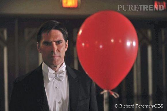 """Thomas Gibson, qui campe le personnage de Aaron Hotchner dit 'Hotch', ici dans la saison 9 d'""""Esprits Criminels""""."""