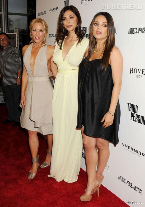 Mila Kunis prend la pose aux côtés de Maria Bello et Moran Atias.