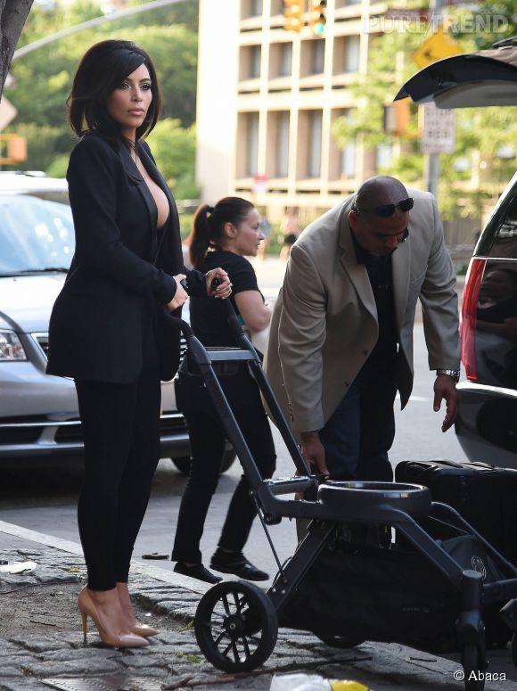 Hormis une tenue un peu too much, Kim avait tout bon côté beauty look.