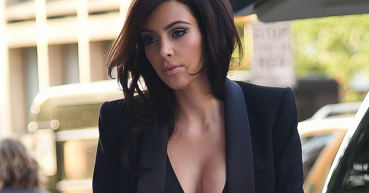 Kim Kardashian ose le du00e9colletu00e9 jusquu0026#39;au nombril en pleine rue - Puretrend