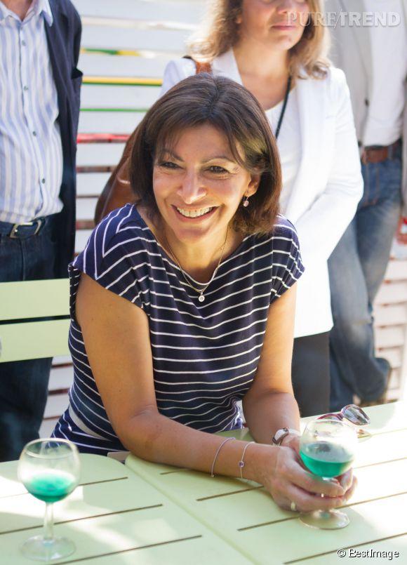 Anne Hidalgo a été élue maire de Paris en avril 2014 et est la première femme à occuper ce poste.