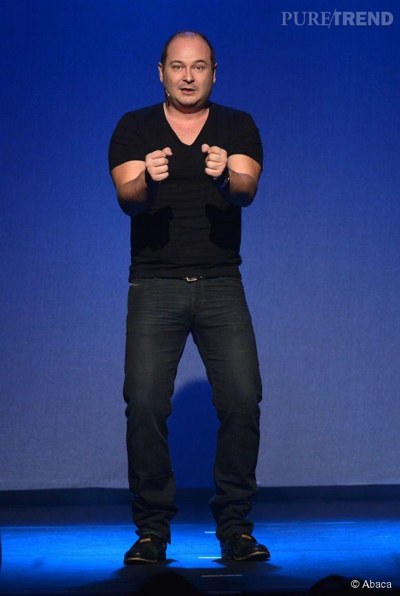 Cauet sur scène lors du 29ème festival de l'humour à Saint-Gervais en mars 2013.