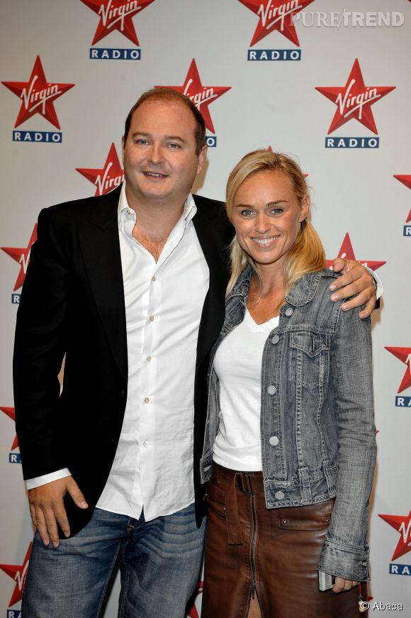 Cauet et Cécile de Ménibus lors de la conférence de presse de  Virgin Radio  en septembre 2008.