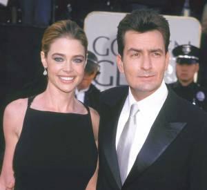 Charlie Sheen et la belle Denise Richards en janvier 2002 : ils se marient la même année et auront 2 enfants.