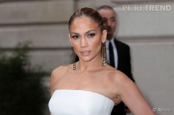 Jennifer Lopez au défilé Versace Haute-Couture 2014/2015.