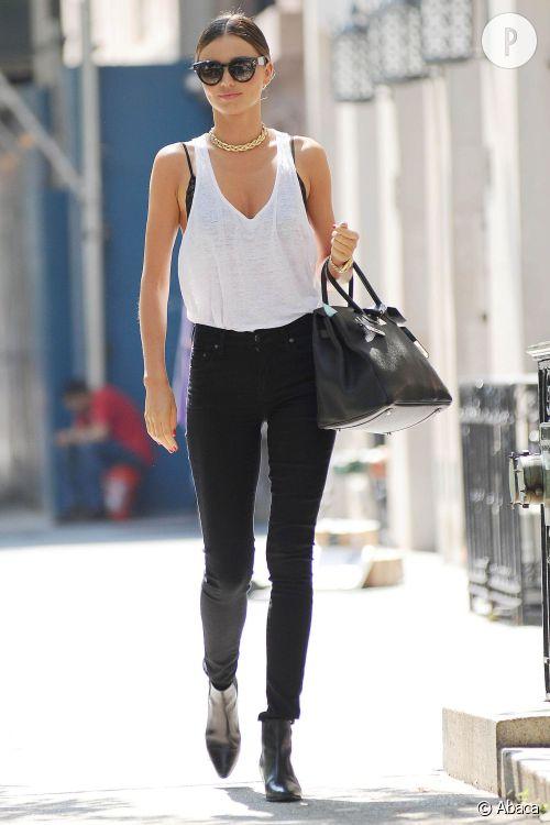 Miranda Kerr dans les rues  de New York, toujours mode.