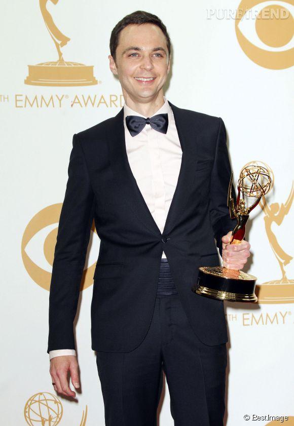 Jim Parson (The Big Bang Theory) est encore nominé dans la catégorie  Meilleur acteur dans une comédie,  aux Emmy Awards en 2014. L'année dernière il avait déjà raflé ce prix, et on voit mal qui pourrait le détrôner...