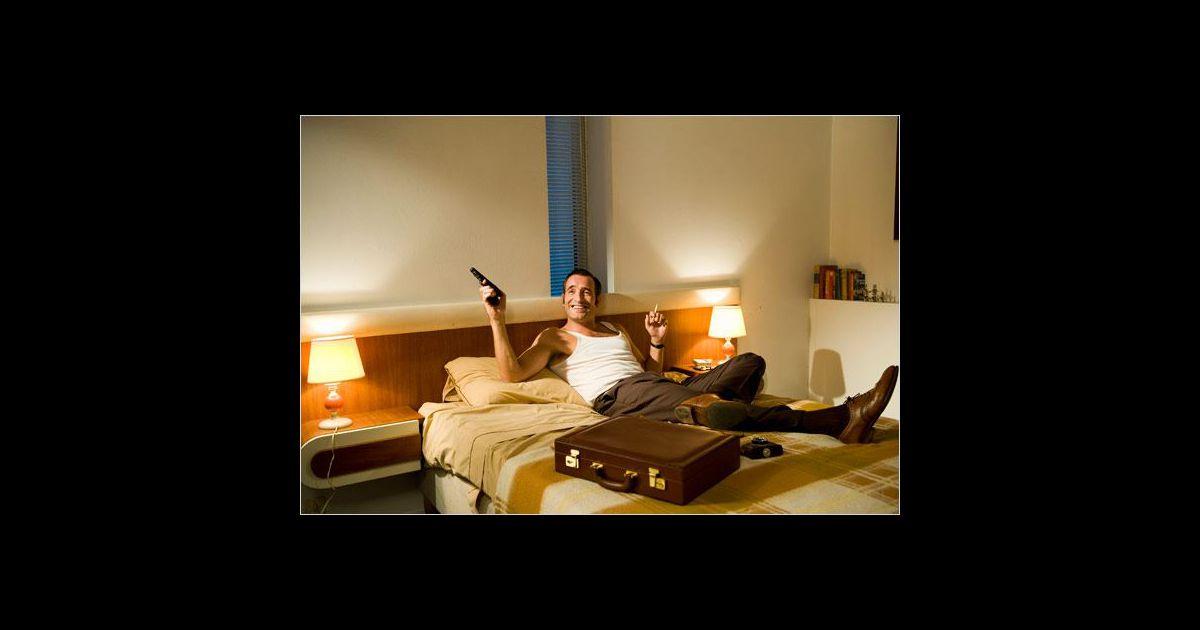 oss 117 une saga hilarante. Black Bedroom Furniture Sets. Home Design Ideas