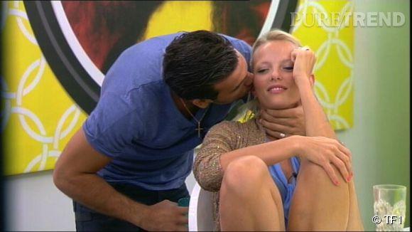 Aymeric et Joanna se sont embrassé hier dans Secret Story 8.