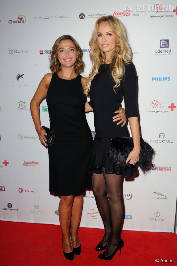Adriana Karembeu a également pris la pose aux côtés de Sandrine Quétier. L'animatrice de  TF1  était également de sortie pour la Croix-Rouge.