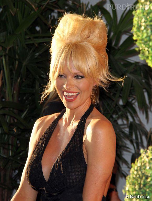 Pamela Anderson lors du gala Mercy for animals à West Hollywood le 12 septembre 2014.