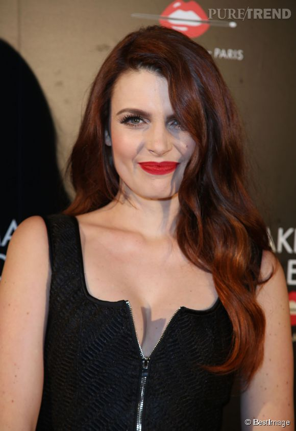 Elodie Frégé, ravissante invitée aux 30 ans de Make Up For Ever.