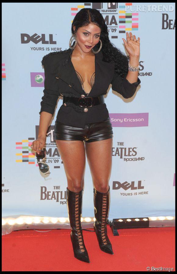 Lil' Kim à moitié nue toujours aux MTV Europe Music Awards 2009.