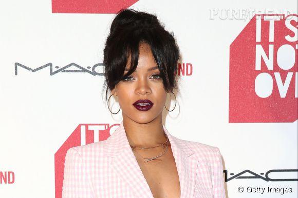 """Rihanna à la première de """"It's not over"""" à Los Angeles le 18 novembre 2014."""