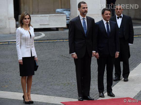Letizia d'Espagne et son époux le roi Felipe VI ont rencontré ce mercredi le premier ministre italien, Matteo Renzi.