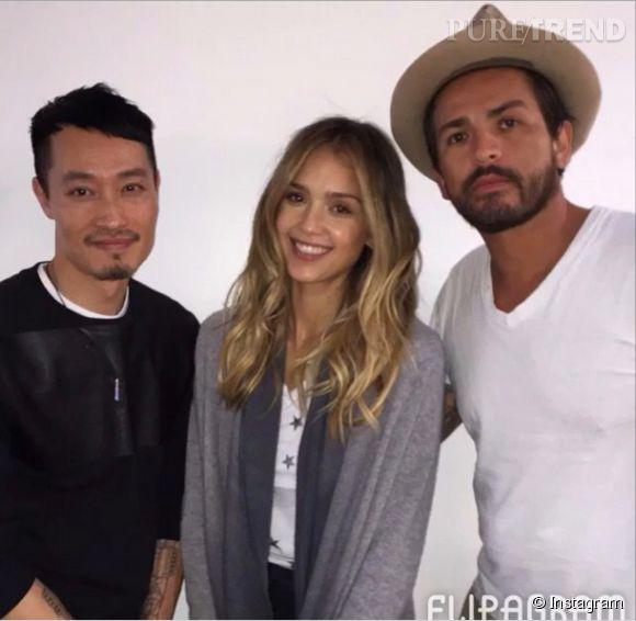 Jessica Alba doit son tie & dye maitrisé au coloriste des stars, Johnny Ramirez et à son coiffeur, Anh Co Tran