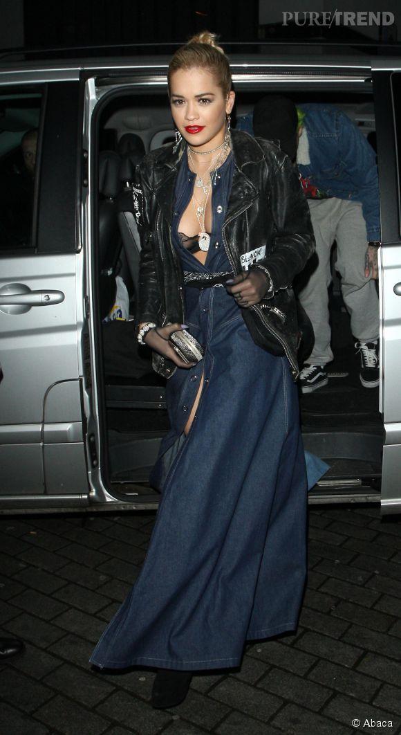 Rita Ora à la soirée de lancement de la collection Rockins pour Eyeko à Londres le 25 novembre 2014.