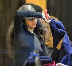 Rihanna : toute habillée mais les tétons à l'air, comment fait-elle ?