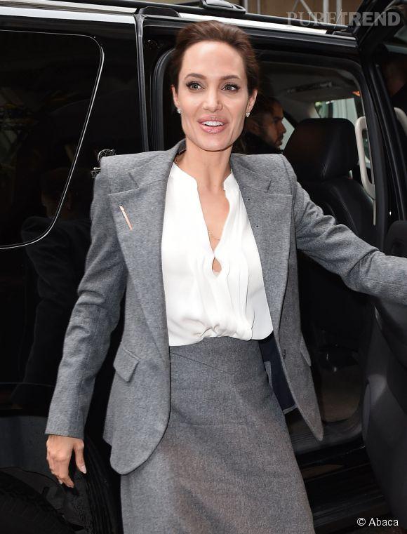 Angelina Jolie s'habille avec des vêtements amples, serait-elle fatiguée des critiques sur son poids ?