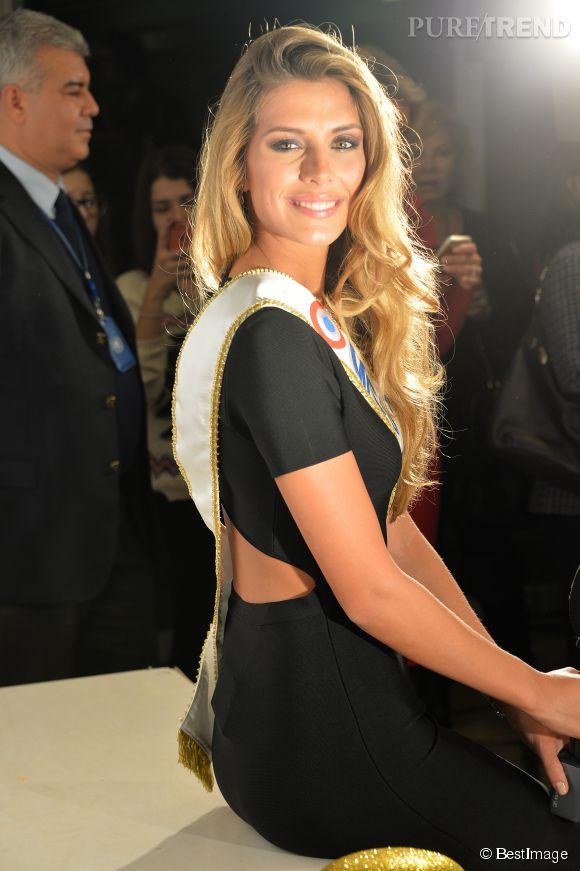 Camille Cerf, la Miss France 2015, livre une interview pleine d'émotion à Paris Match.
