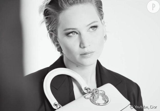 Jennifer Lawrence, égérie des sacs Dior depuis plus de deux ans.