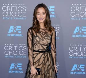 Jamie Chung, joli papillon aux Critics Choice Movie Awards 2015