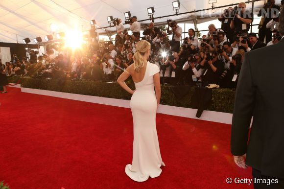 Reese Witherspoon en Giorgio Armani lors des SAG Awards 2015 organisés à Los Angeles le 25 janvier 2015.