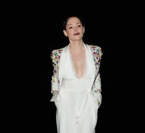 Rose McGowan, très sexy dans sa combi blanche au défilé Haute Couture Zuhair Murad le 29 janvier 2015.