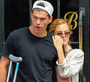 Riley Keough et Benjamin Smith-Petersen dans les rues de New York en 2014.