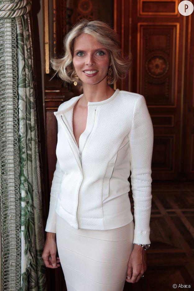 Sylvie Tellier s'explique à radio France Bleu Lorraine sur le scandale lié à l'élection de Miss Lorraine.