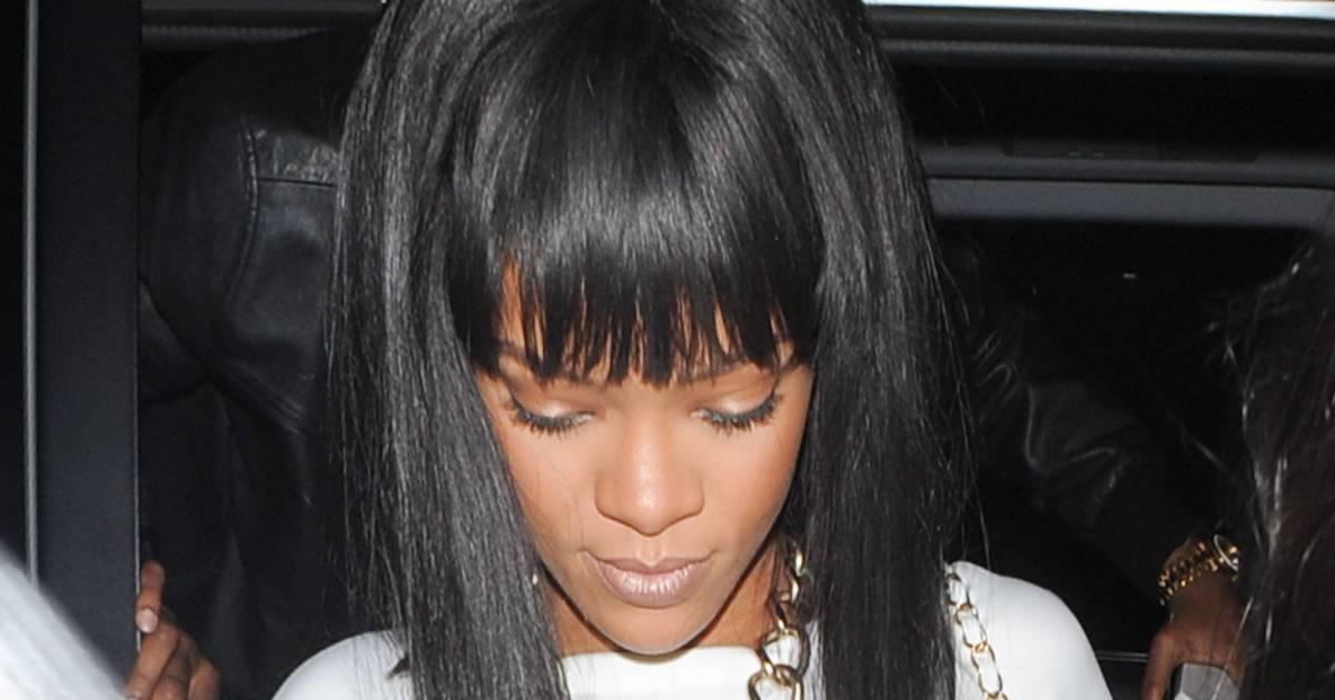 Rihanna ose le carré plongeant strict avec une frange Une coupe sexy à tenter - Puretrend