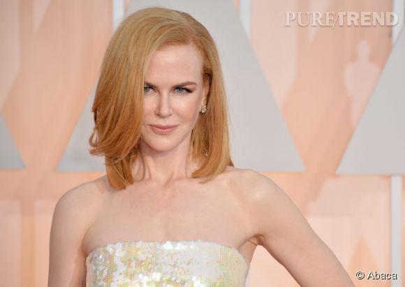 Le carré est qualifié de long lorsque les cheveux commencent à effleurer les épaules comme ceux de Nicole Kidman.