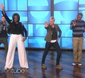 """Michelle Obama danse sur le titre """"Uptown Funk"""" de Mark Ronson et Bruno Mars, sur le plateau d'Ellen DeGeneres ce vendredi 13 mars 2015."""
