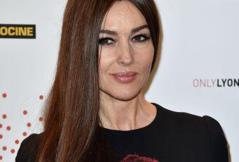 Monica Bellucci, quinqua renversante : une madone très fatale