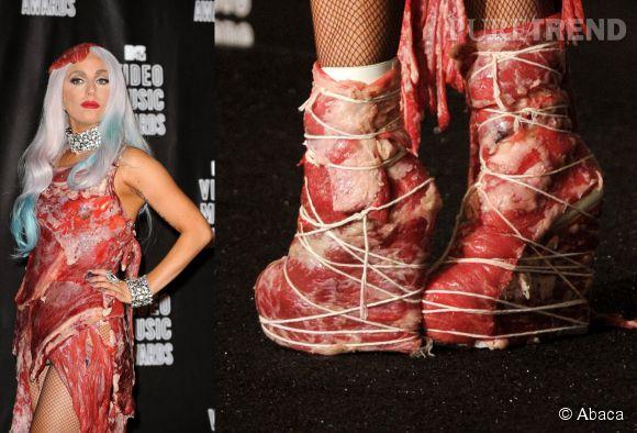 Lady Gaga a beaucoup fait parler d'elle lorsqu'elle a revêtue cette robe en morceaux de viande pour les MTV Music Awards à LA en septembre 2010.